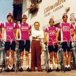 Un team di ciclisti ospiti per un ritiro sportivo.