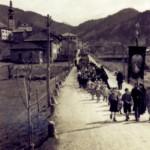 Il corteo lungo via roma