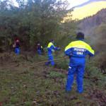 Fase di ripulitura alveo del fiume Pontaiba in entrata al paese