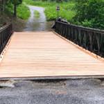 Il ponte rimesso in sicurezza grazie alla nuova pavimentazione