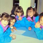 Un gruppetto di bambini impegnati in giochi di squadra. Chi si riconosce?