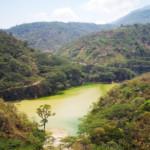 Un bacino artificiale per la raccolta dell'acqua